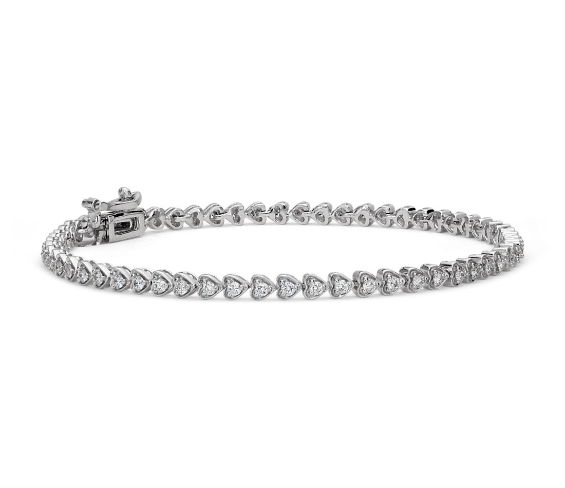 Heart Shaped Diamond Bracelet in 18k White Gold (1 ct. tw.)