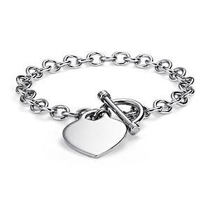 Brazalete con colgante de corazón y broche tipo trenca en plata de ley