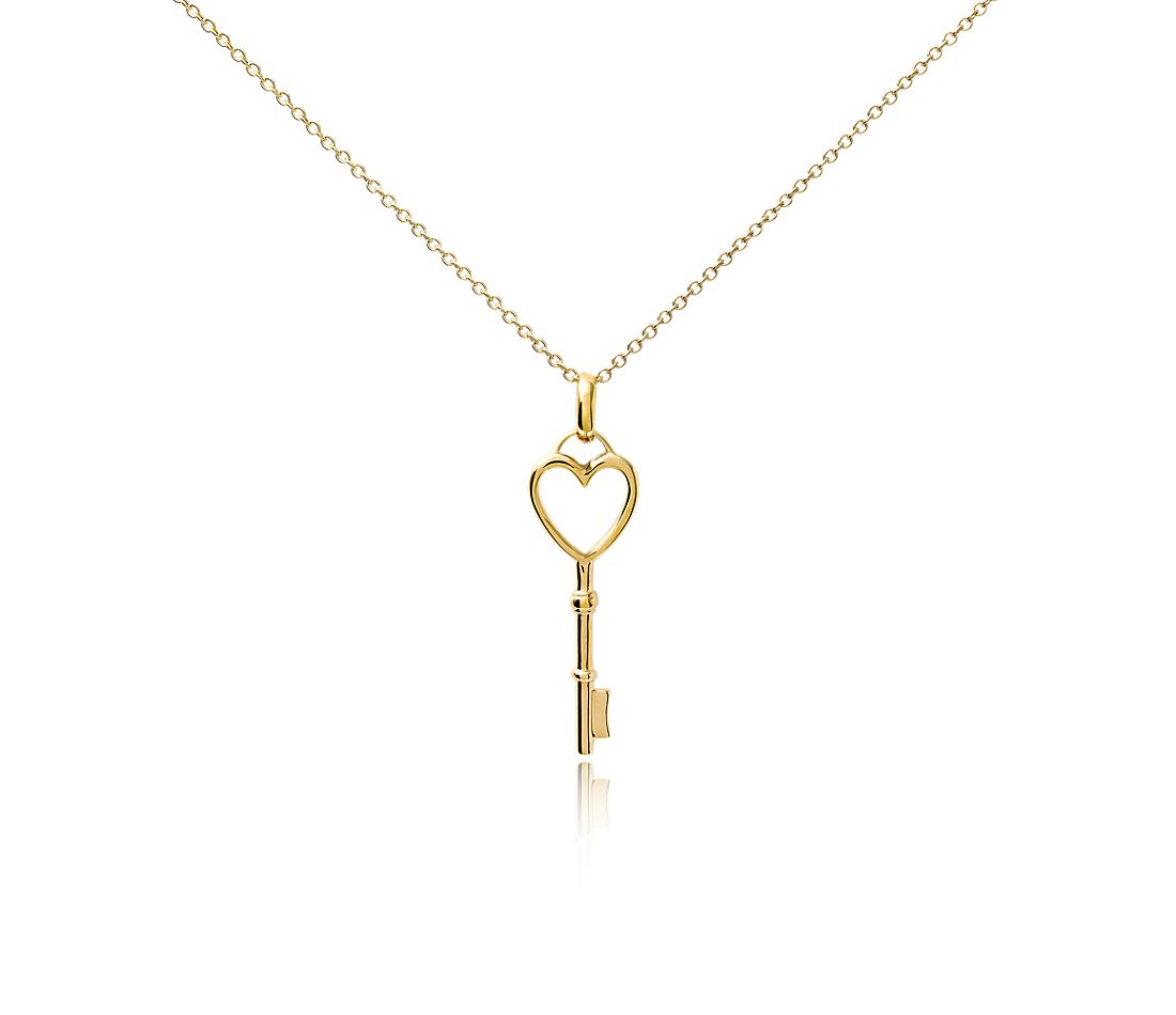 Heart Key Pendant in 14k Yellow Gold