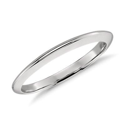 Alianza con borde afilado en platino