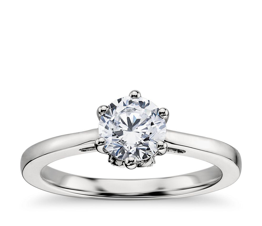 Leaf Solitaire Engagement Ring in Platinum