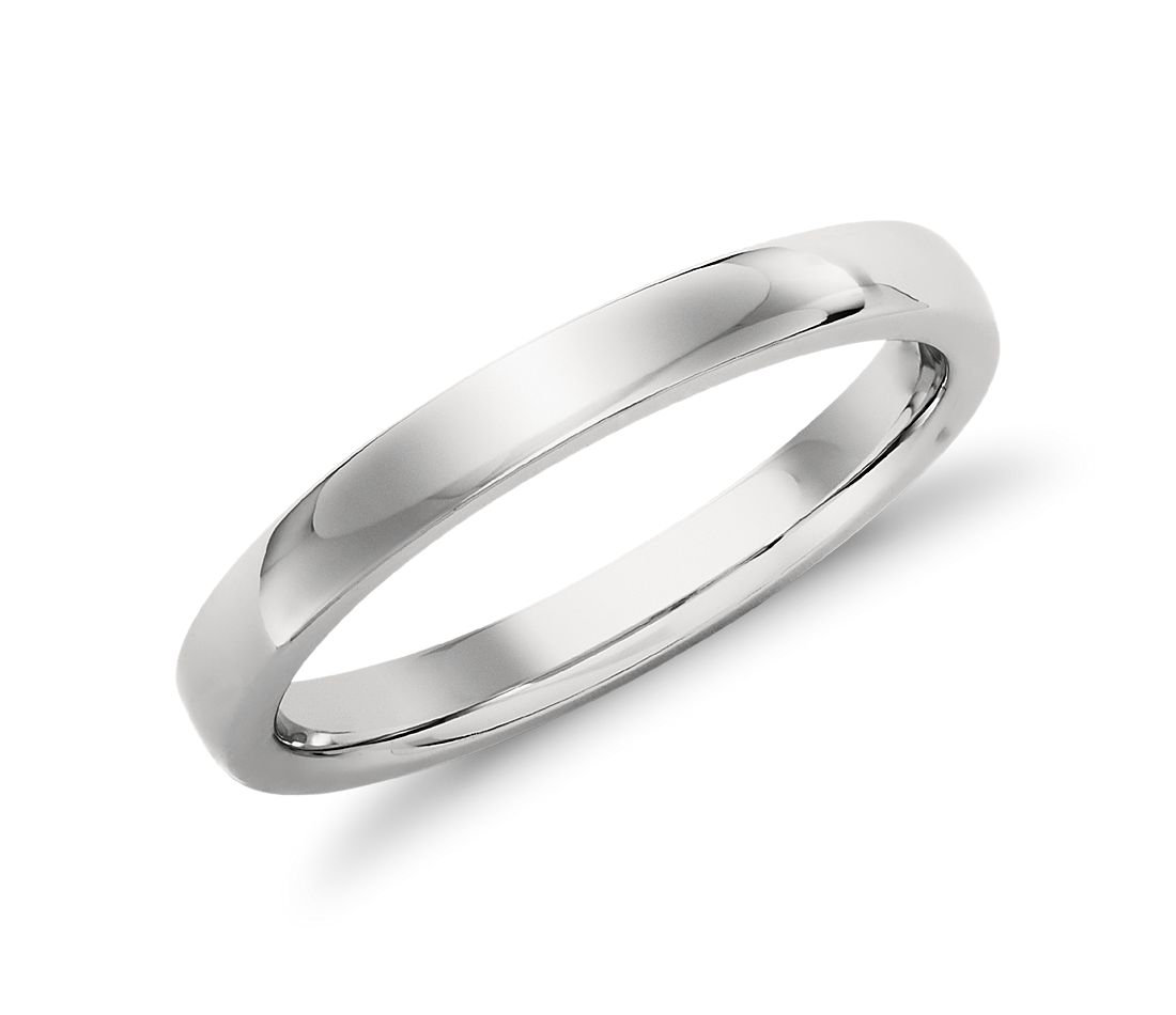 Low Dome Comfort Fit Wedding Ring in Platinum (2.5 mm)
