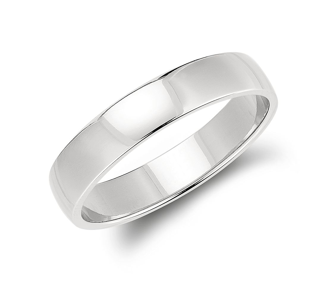 Classic Low Dome Wedding Ring in Platinum (5mm)