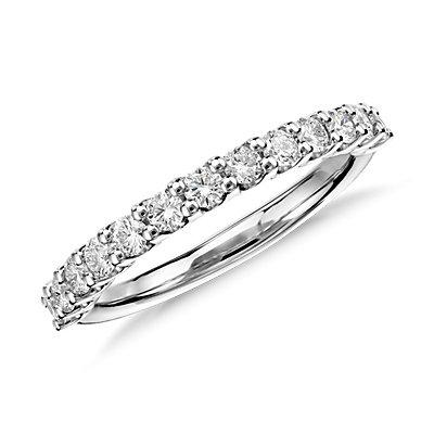 铂金Luna 钻石结婚戒指(1/2 克拉总重量)