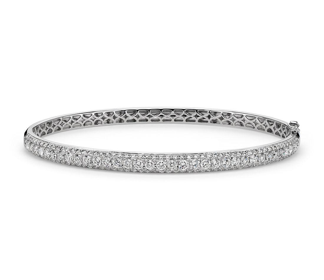 Micropavé-Set Diamond Bangle in 18k White Gold