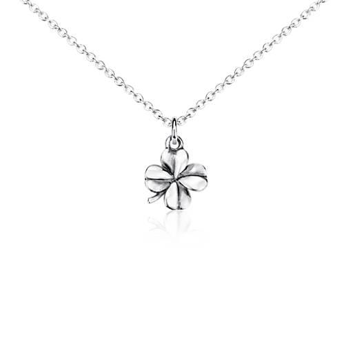 Petit pendentif trèfle à quatre feuilles en argent sterling