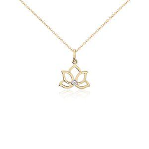 Colgante de diamantes en forma de flor de loto pequeña en oro amarillo de 14k