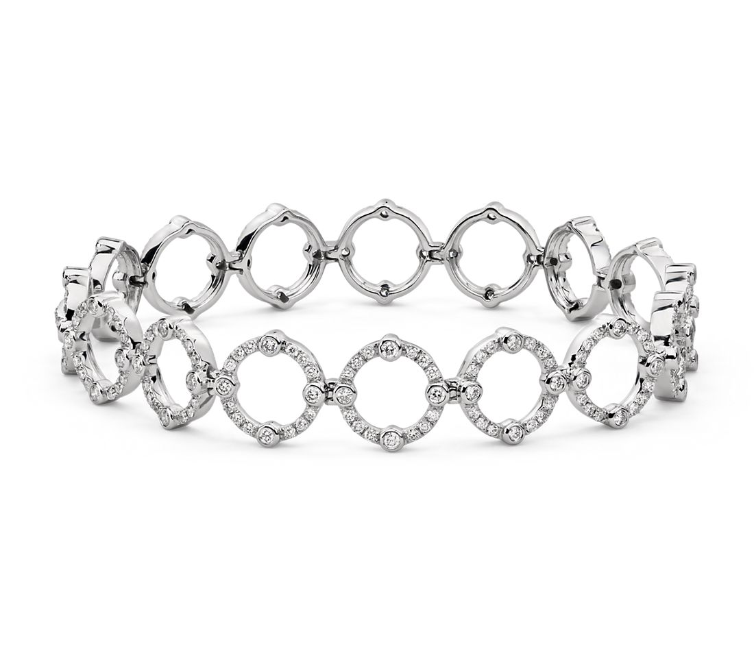 Brazalete de diamantes decorativo de Monique Lhuillier en oro blanco de 18 k (2 qt. total)
