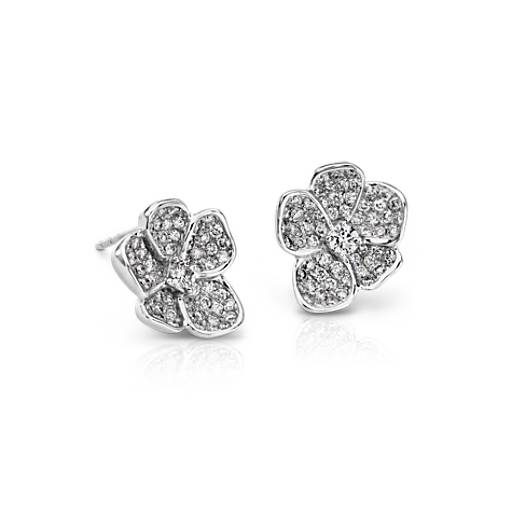 Monique Lhuillier Floral Diamond Stud Earrings in 18k White Gold (4/5 ct. tw.)