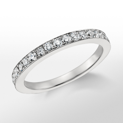 Monique Lhuillier Wedding Band