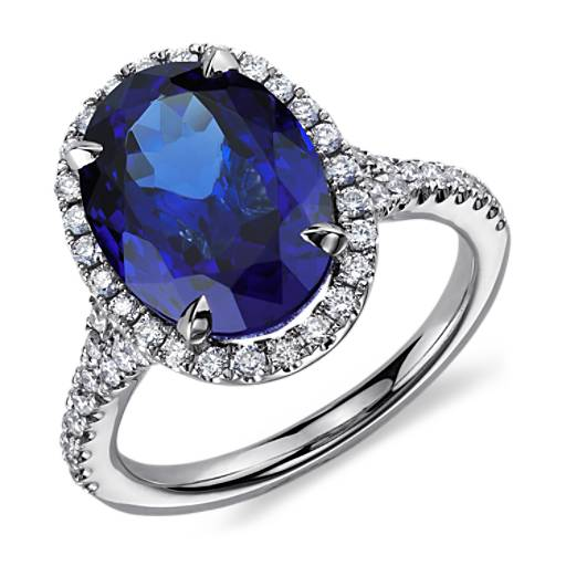 Oval Tanzanite and Diamond Ring in 18k White Gold (6.67 ct) (12.6x6.67mm)