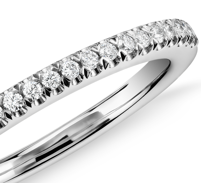 Pavé Wedding Ring en platine (1/6 carat, poids total)
