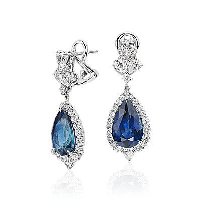 NOUVEAU Pendants d'oreilles diamant et saphir bleu taille poire en or blanc 18carats