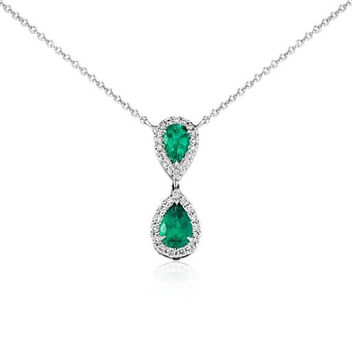 Colgante clásico de diamantes en forma de gota y esmeraldas en forma de pera en oro blanco de 18 k (8x6mm)