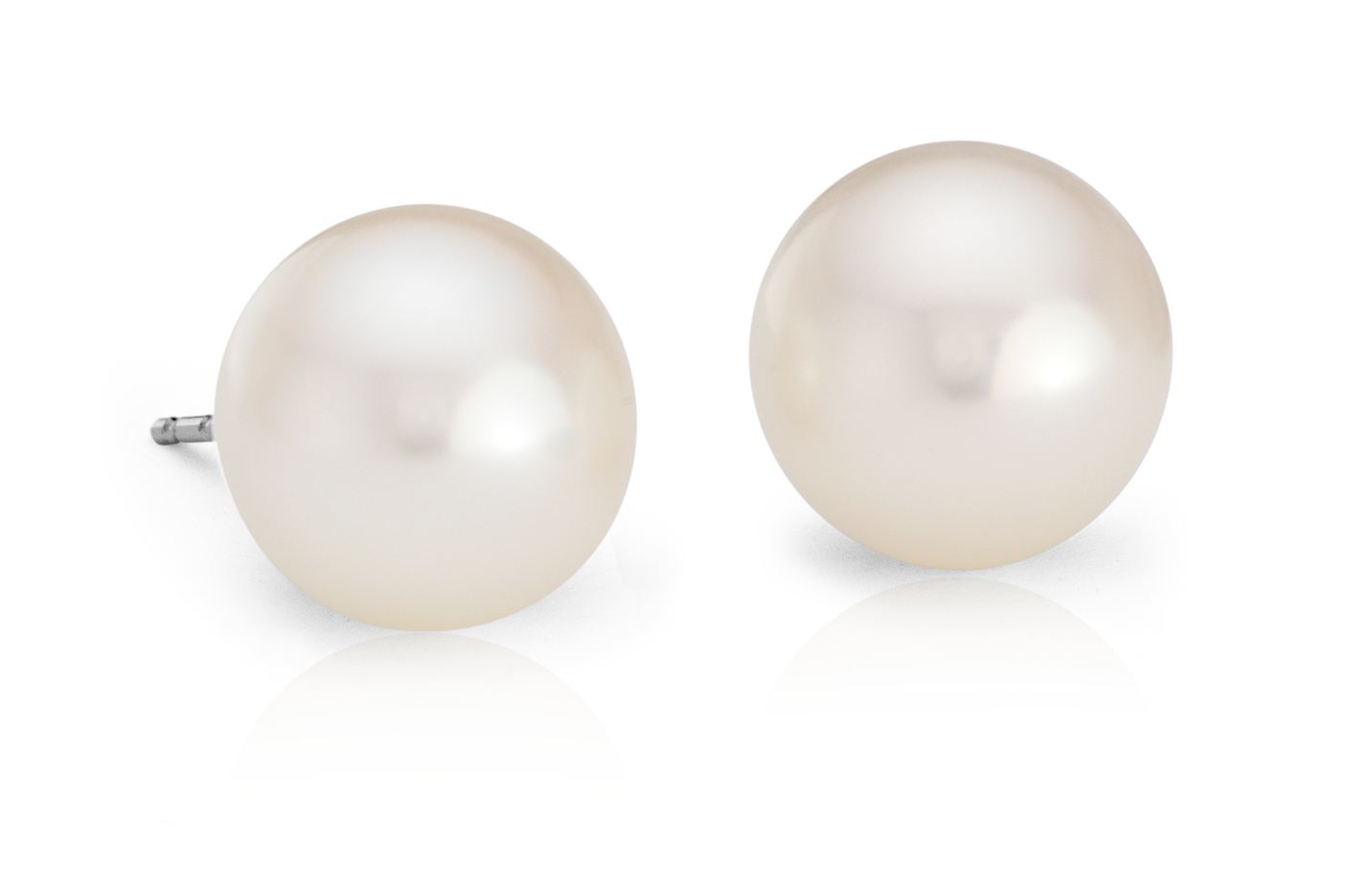 Freshwater Cultured Pearl Stud Earrings with 14k White Gold (9mm)
