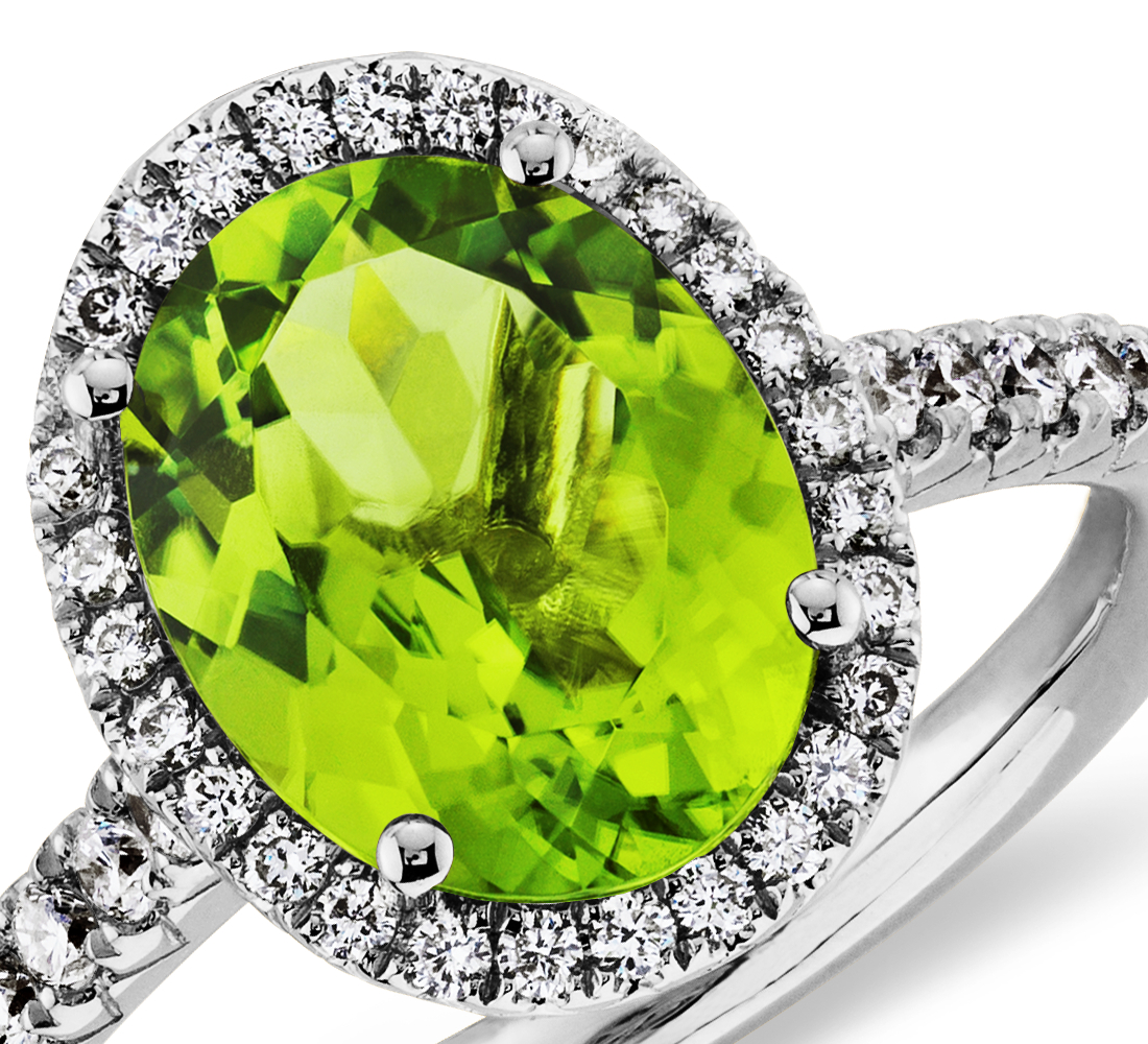 Peridot and Diamond Ring in 18k White Gold (10x8mm)