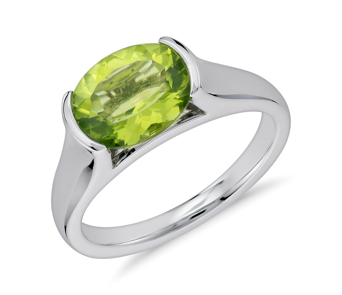 Peridot Oval Ring in Sterling Silver (10x8mm)