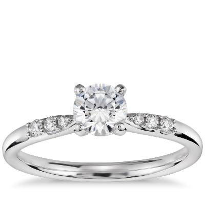 1/2 克拉14k 白金预镶嵌小巧钻石订婚戒指