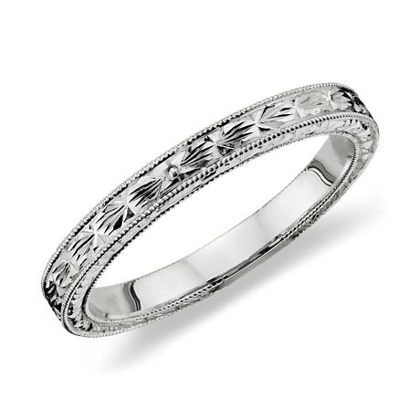 Hand Engraved Wedding Ring in Platinum