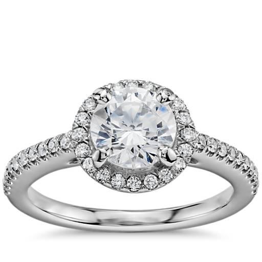 14k 白金 1 克拉预镶嵌经典光环钻石订婚戒指