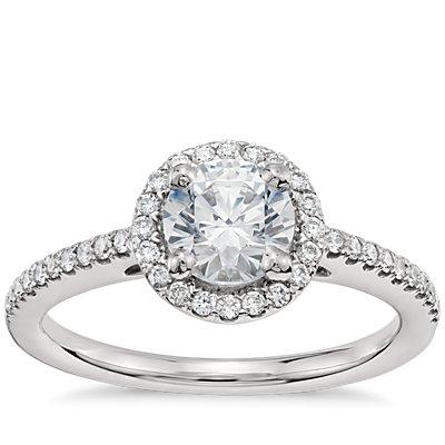 3/4 克拉铂金预镶嵌经典光环钻石订婚戒指