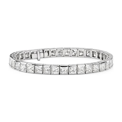 Bracelet tennis diamants sertis barrette taille princesse en platine (26carats, poids total)