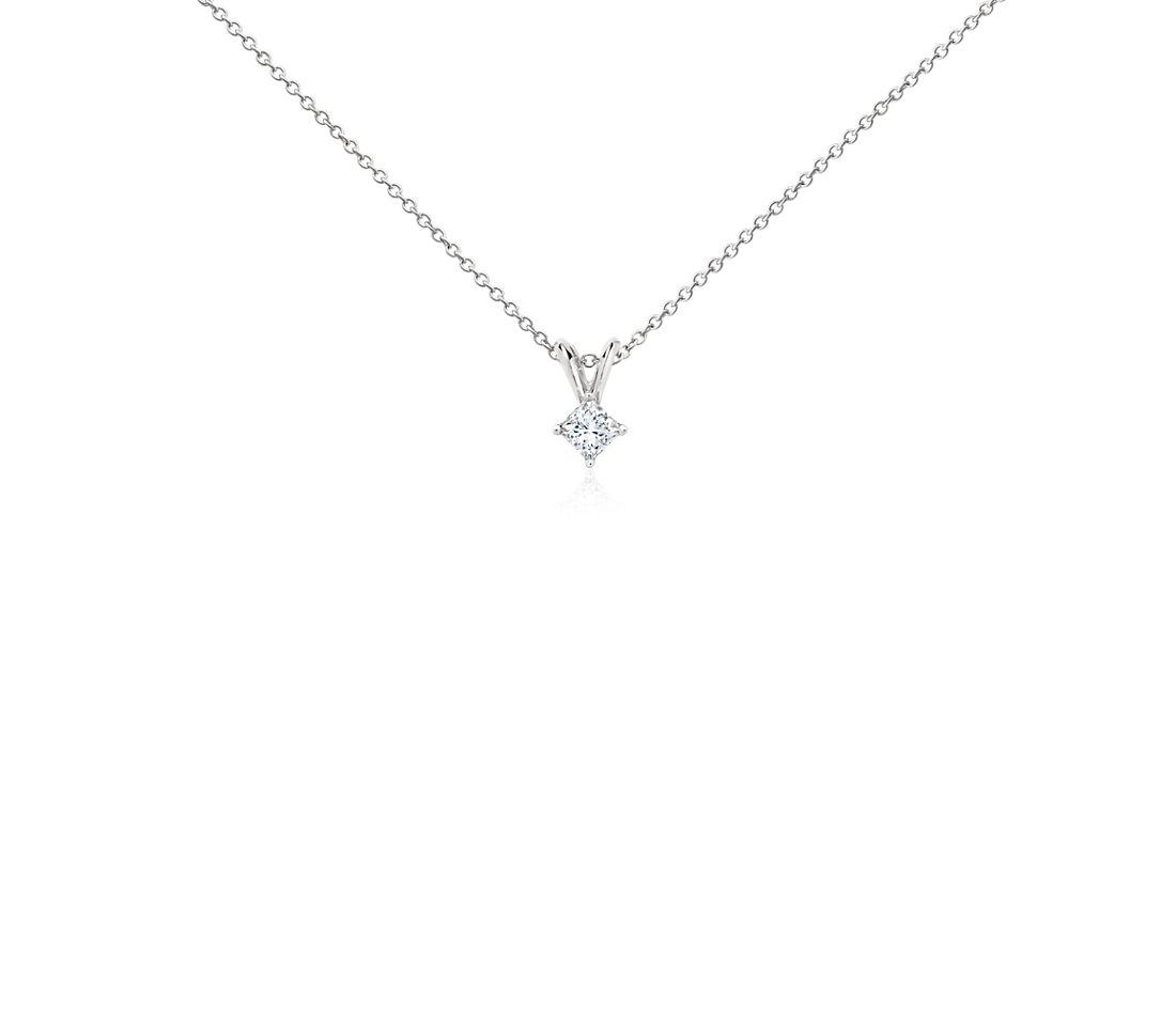 Pendentifs diamant taille princesse en platine (1/4carat, poids total)