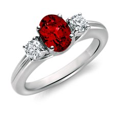 Bague diamant et rubis en Or blanc 18 ct (8x6mm)