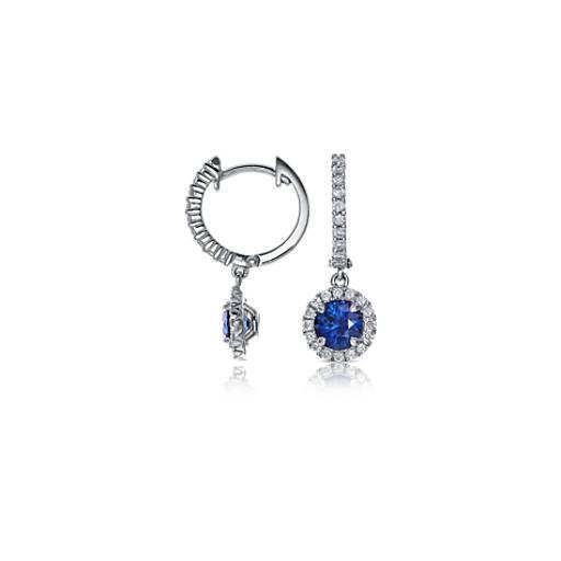 Pendants d'oreilles diamants sertis micro-pavé et saphir bleu en or blanc 18carats (5mm)