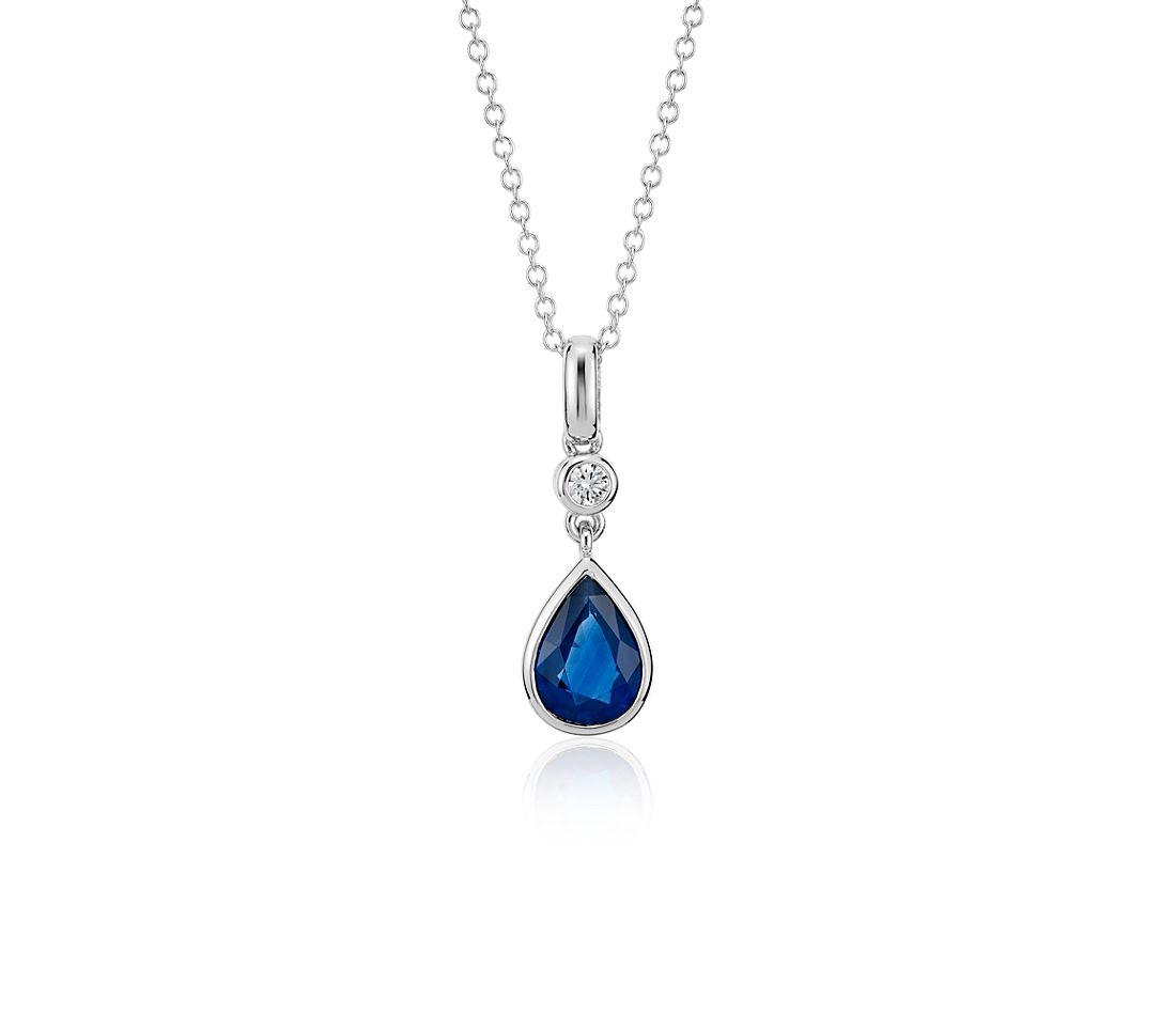 Pendentif diamant serti clos taille poire et saphir bleu en or blanc 14carats (8x6mm)