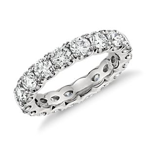Blue Nile Studio Scalloped Prong Diamond Eternity Ring in Platinum (3 ct. tw.)