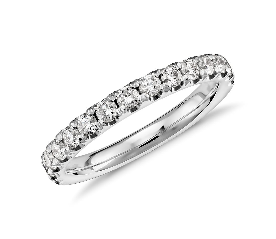 Scalloped Pavé Diamond Ring in 18k White Gold (1/2 ct. tw.)