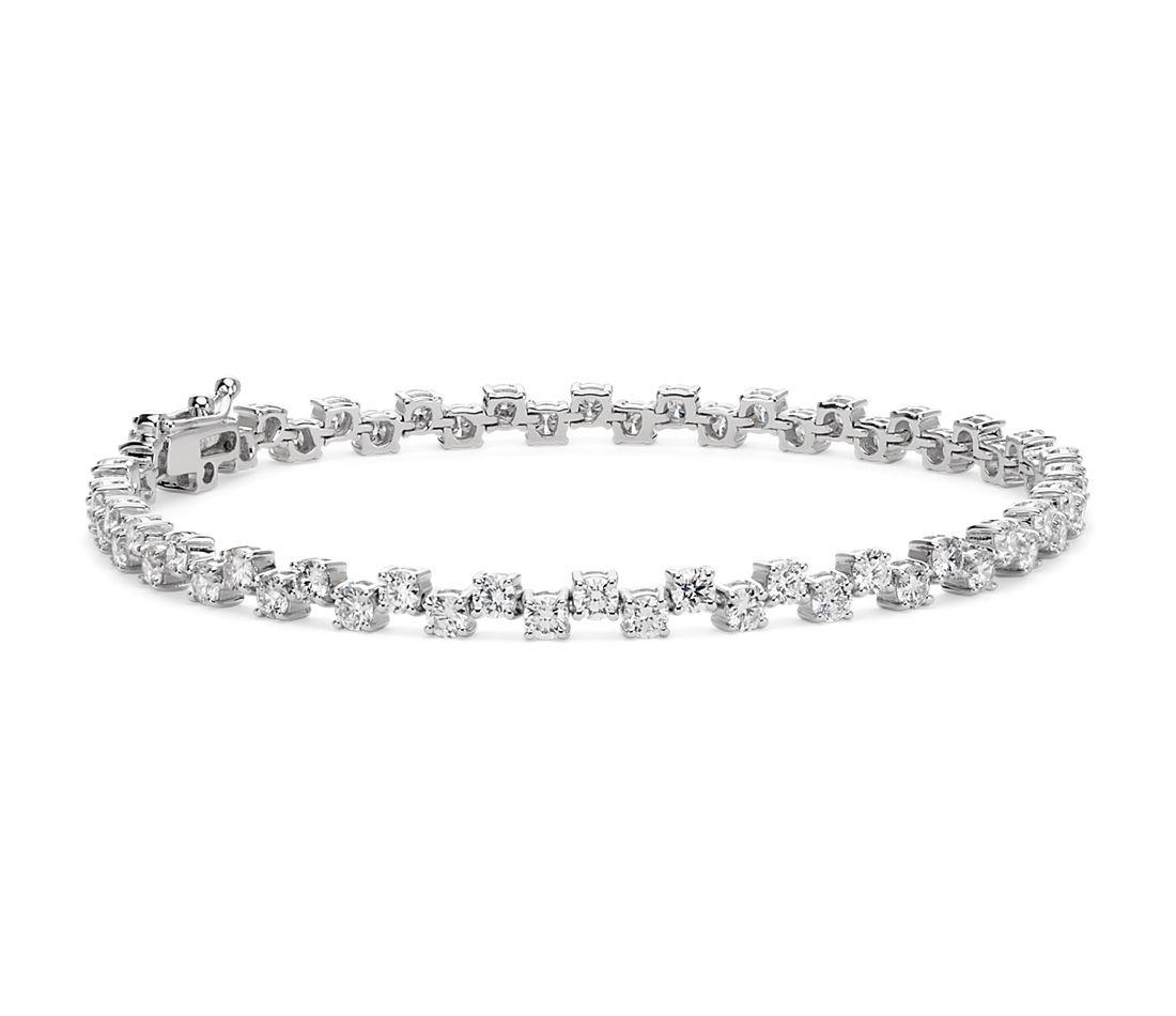 Scattered Diamond Bracelet in 18k White Gold