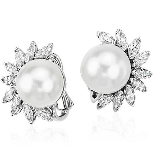 Aretes colgantes de diamantes y perlas de los mares del Sur en platino (13 mm)
