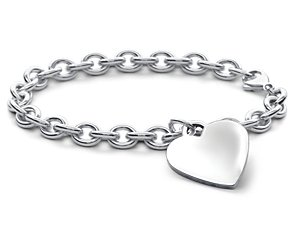 Children's Heart-Tag Bracelet in Sterling Silver (6 1/2