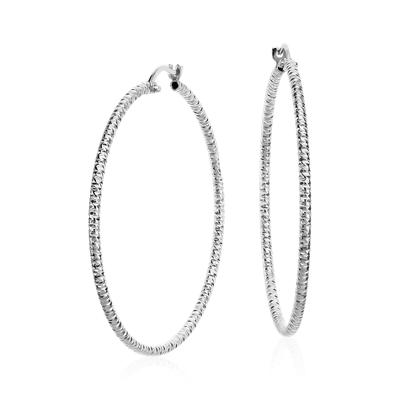 Aretes grandes tipo argolla con talla de diamante en plata de ley 3cm