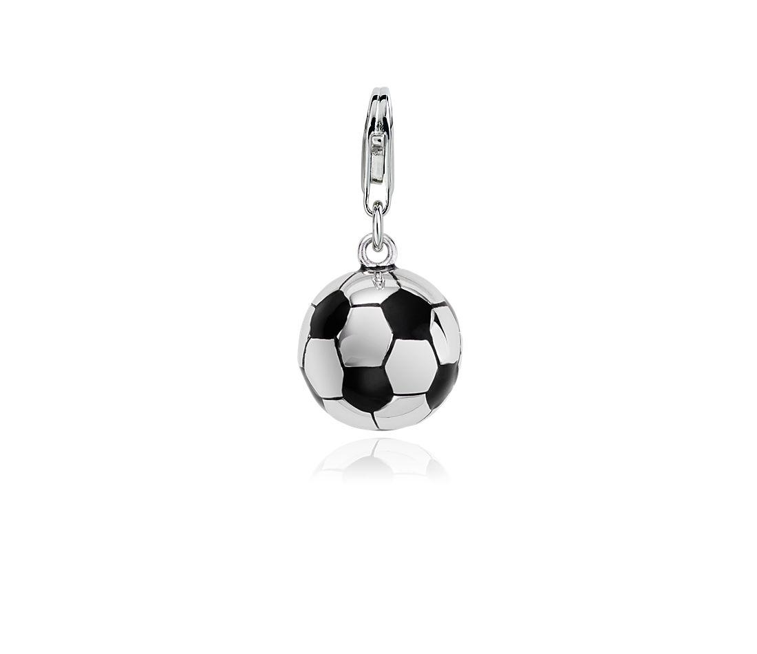 Dije con forma de pelota de fútbol en plata de ley