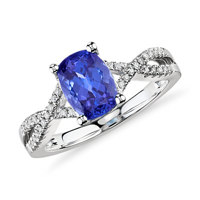 Tanzanite and Diamond Infinity Ring in 14k White Gold (8x6mm)