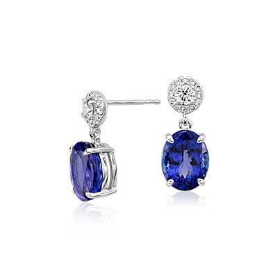 Pendants d'oreilles à tanzanite ovale et son halo de diamants en or blanc 18 carats (9 x 7 mm)