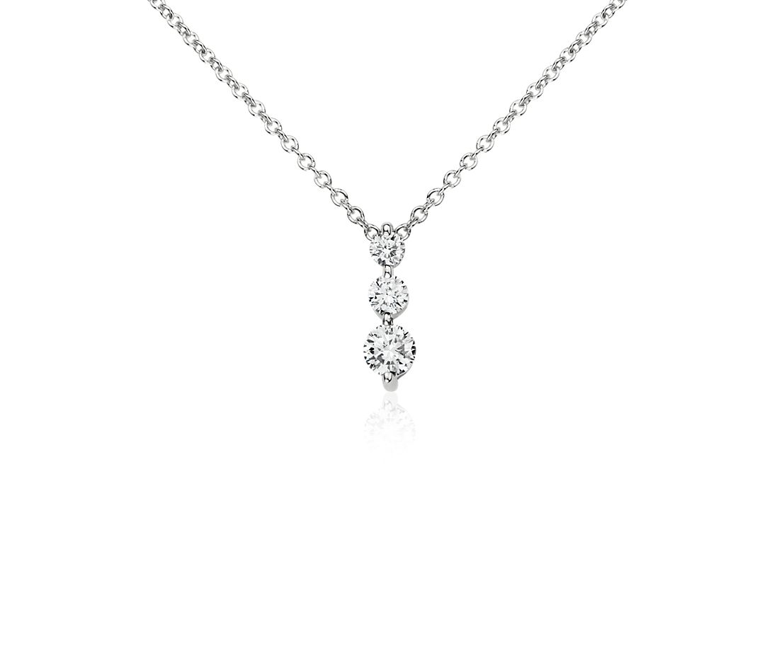 Three-Stone Drop Diamond Pendant in 14k White Gold (1/3 ct. tw.)