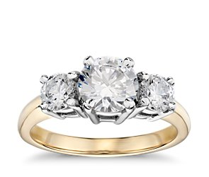 Three Stone Diamond Engagement Ring in 18k Yellow Gold