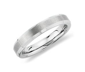 Brushed with Beveled Edge Wedding Ring in White Tungsten Carbide (4mm)